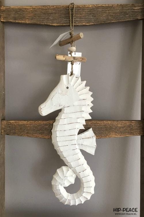 Hip-Peace houten hanger zeepaard