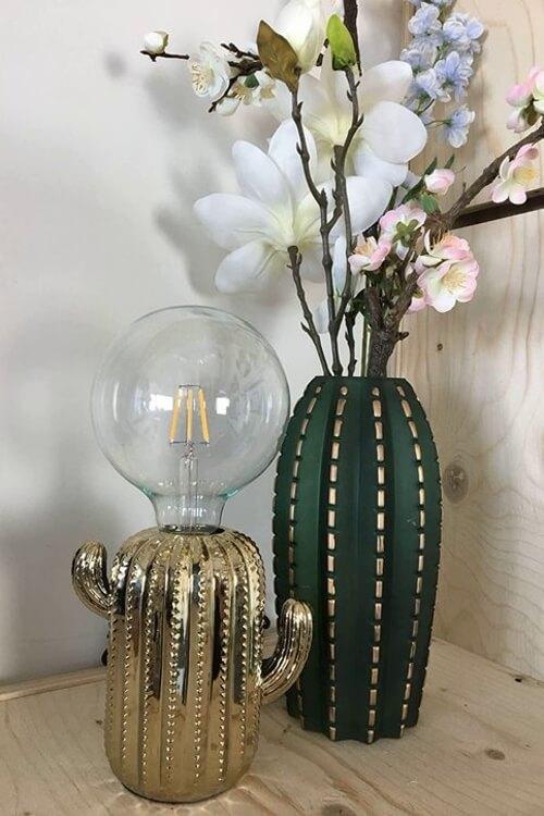 Houevitamin cactus lamp goud