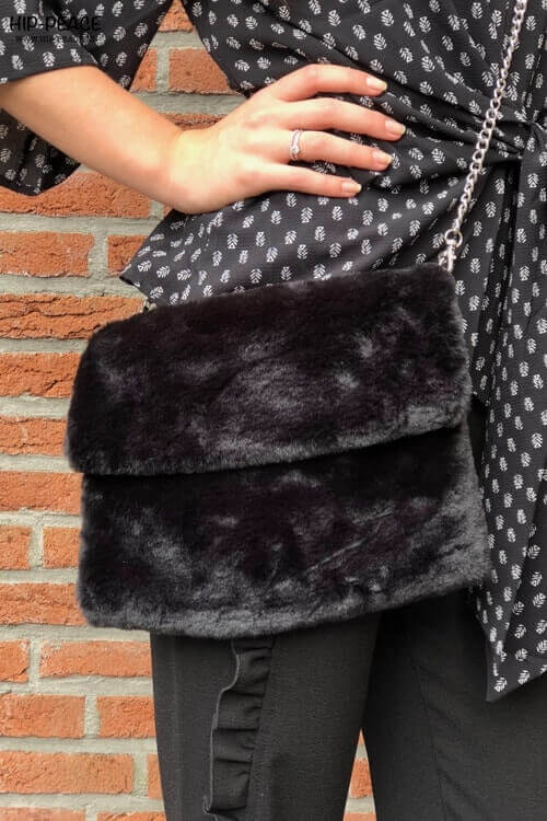 Hip-Peace bag fake fur black